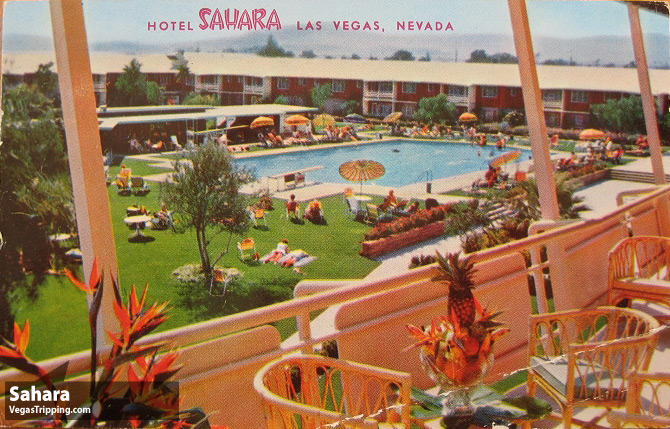 vintage-pool-sahara-cabanas